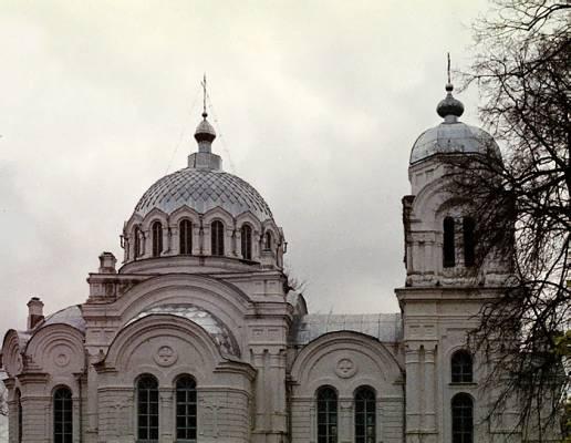 Белая церковь в 2003 г .